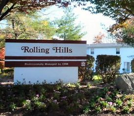 rolling-hills-apartments